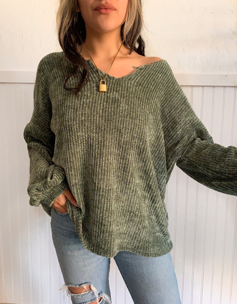 Chenae Soft Sweater (Olive)