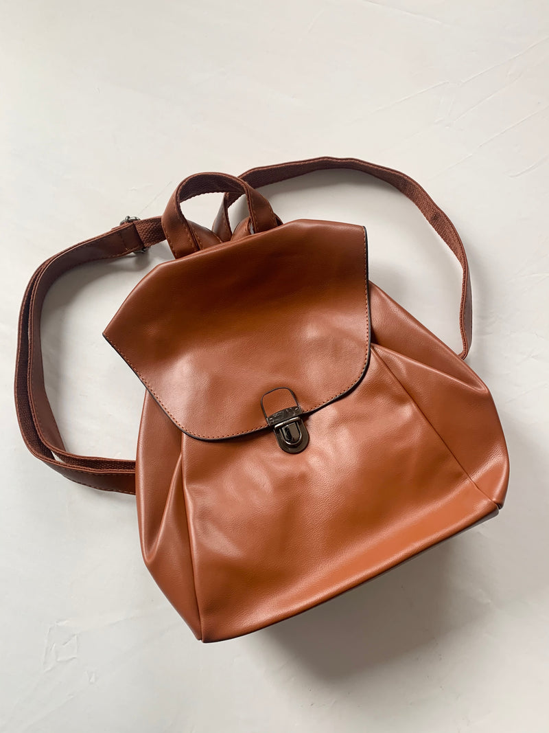 Thrifty Backpack (Cognac)