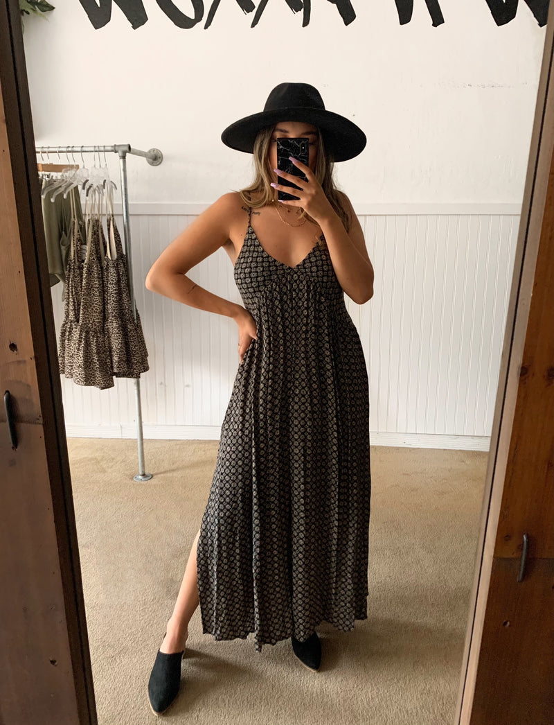 Black/Beige Printed Maxi Dress