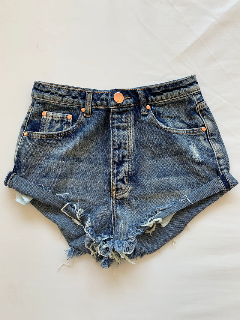 Cali Cuffed Shorts (Denim)