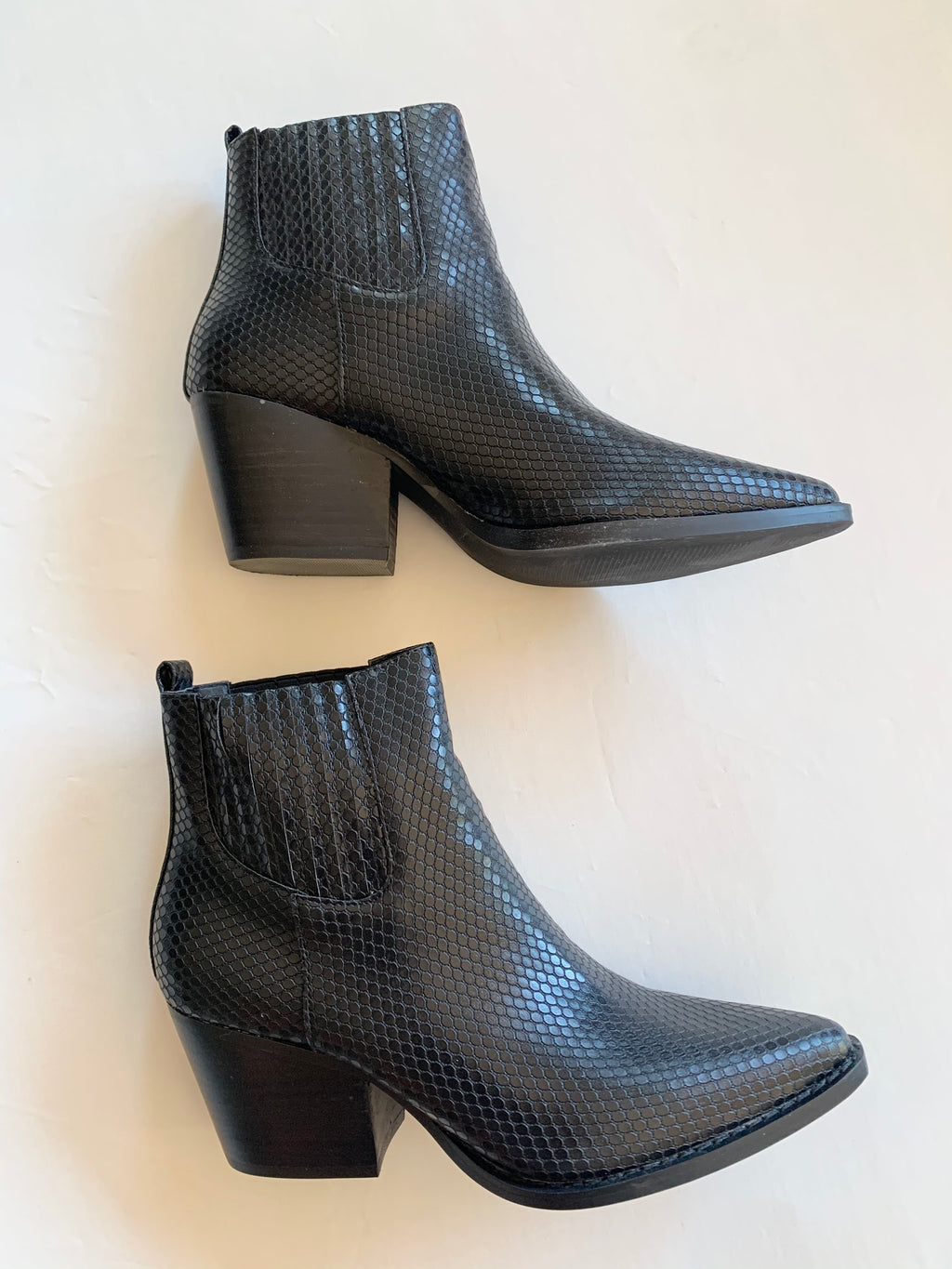 Faith Snake Boot (Black)