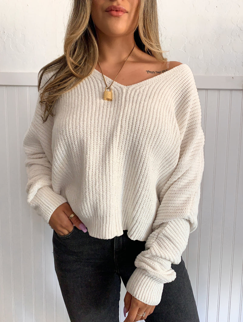 Soft Sweater (White)