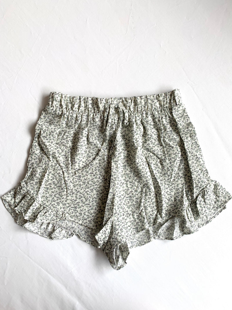 Marly Floral Shorts  (Sage)