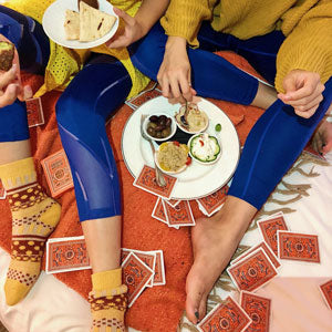 blue leggings and food plate