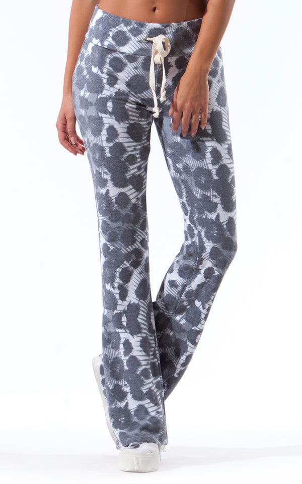 GREY LEOPARD FLARE SWEATPANT