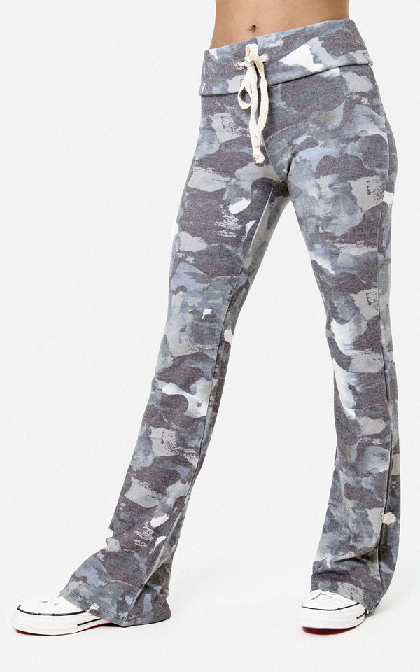 SWEATPANT WITH FLARE BOTTOM IN BRUSHED CAMO PRINT