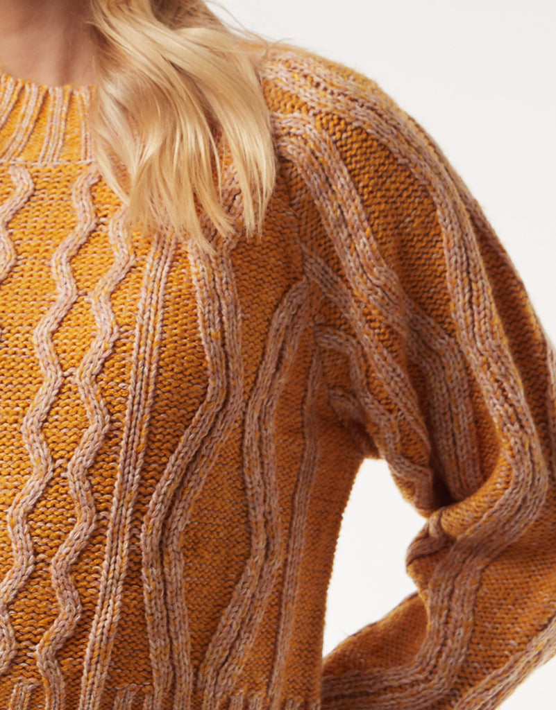 ADORE KNIT - GOLD