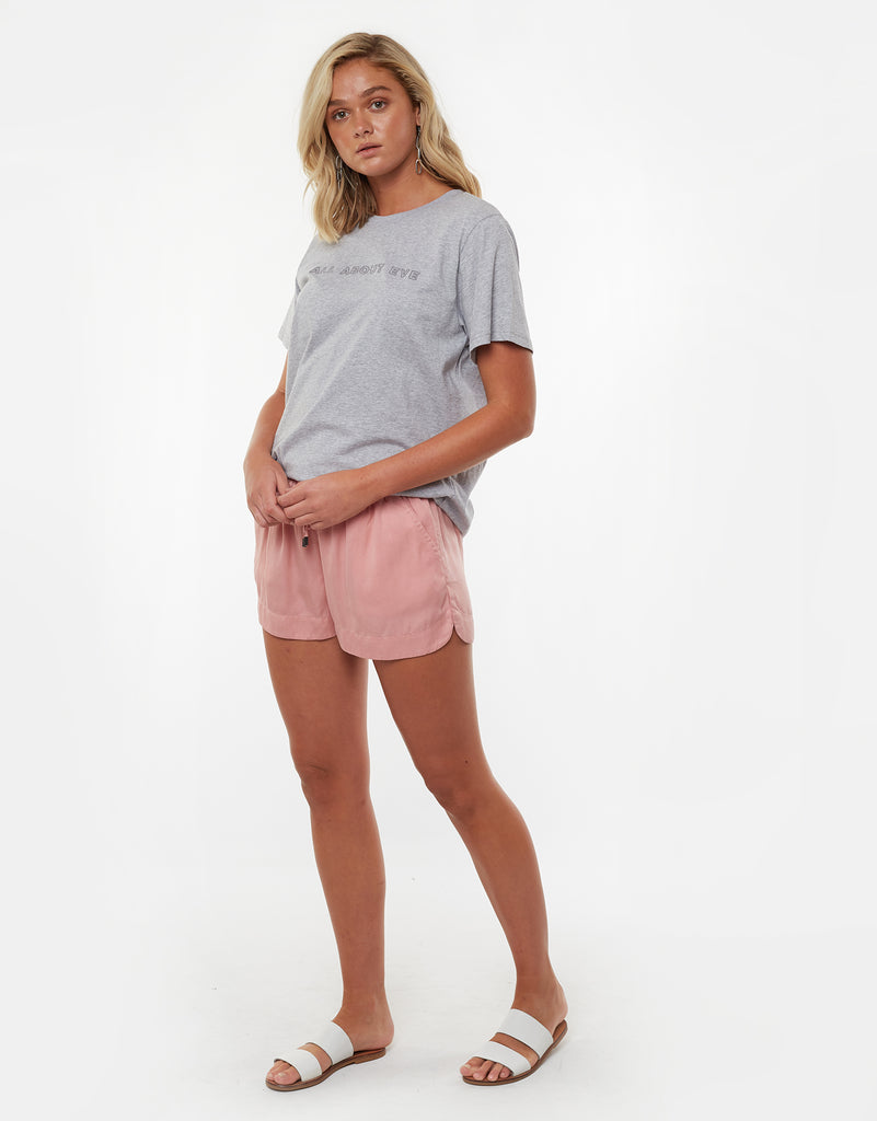 Relaxed Day Short Musk