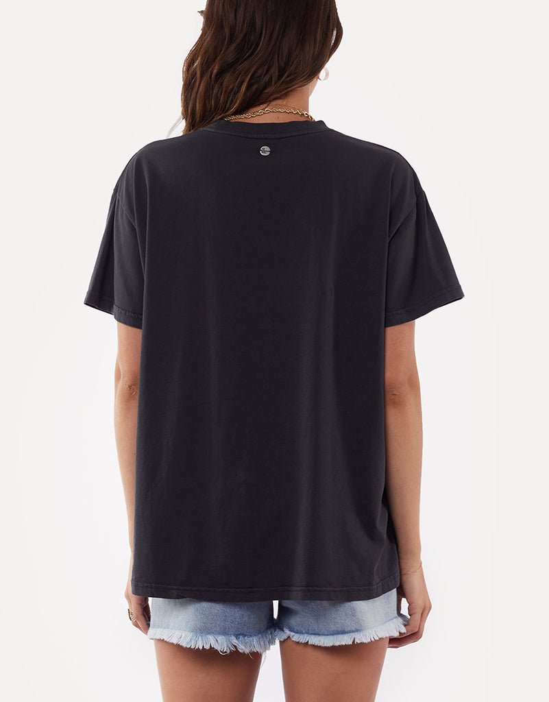Intrigue Animal Tee Washed Black