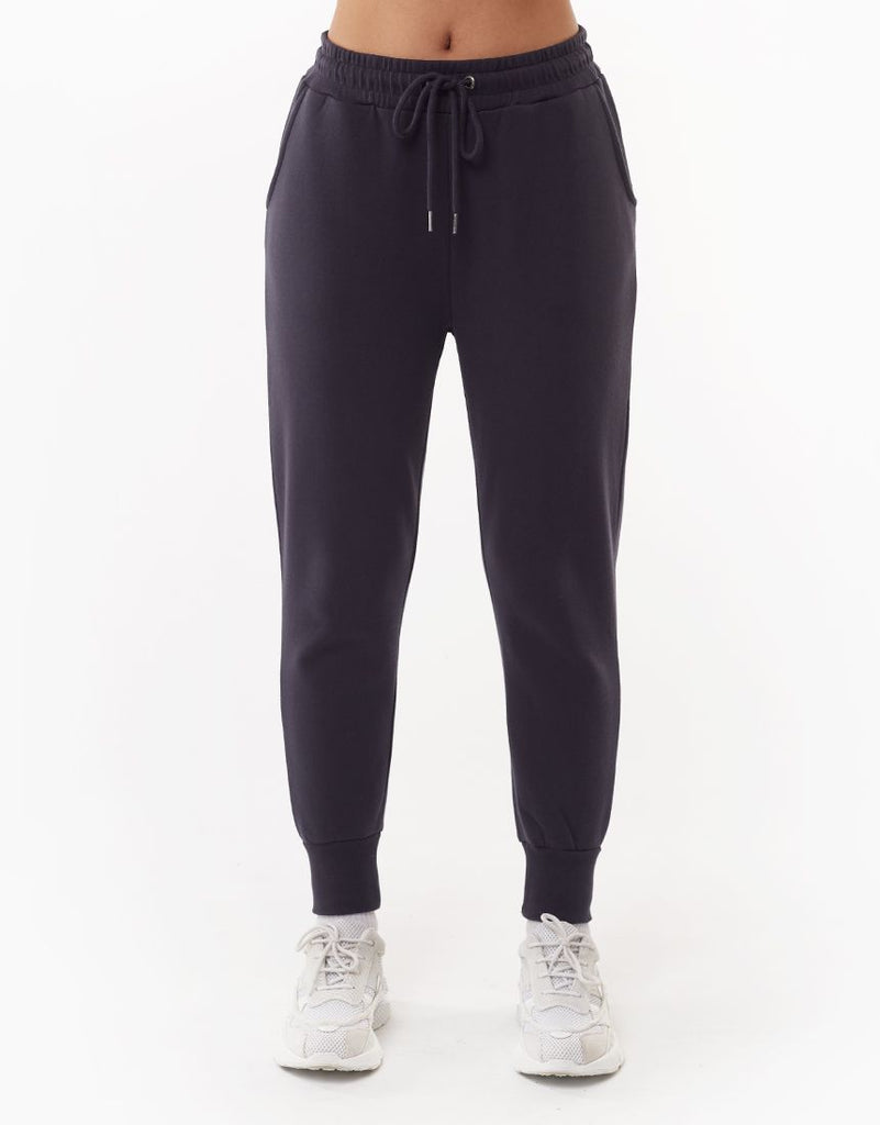 WANTED TRACKPANT - CHARCOAL