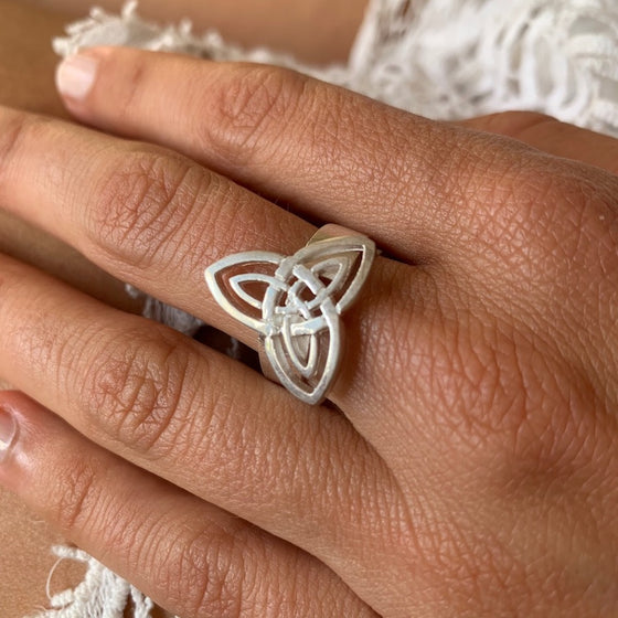Silver Celtic Trinity Knot Ring