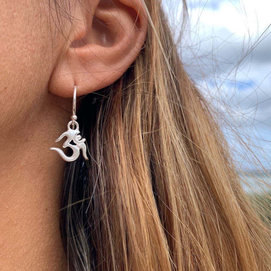 OM silver Earrings