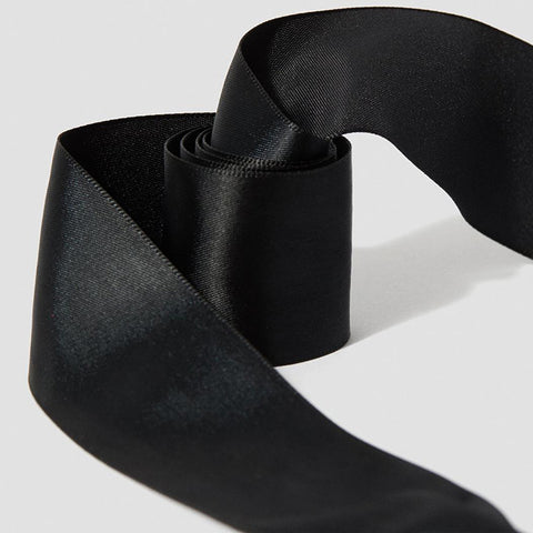 8-10 Eyelet Black Ribbon Laces (140 cm / 55 in)