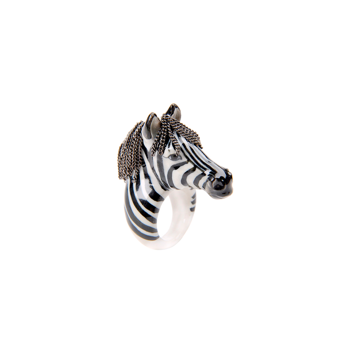 NACH ZEBRA WITH CHAIN RING