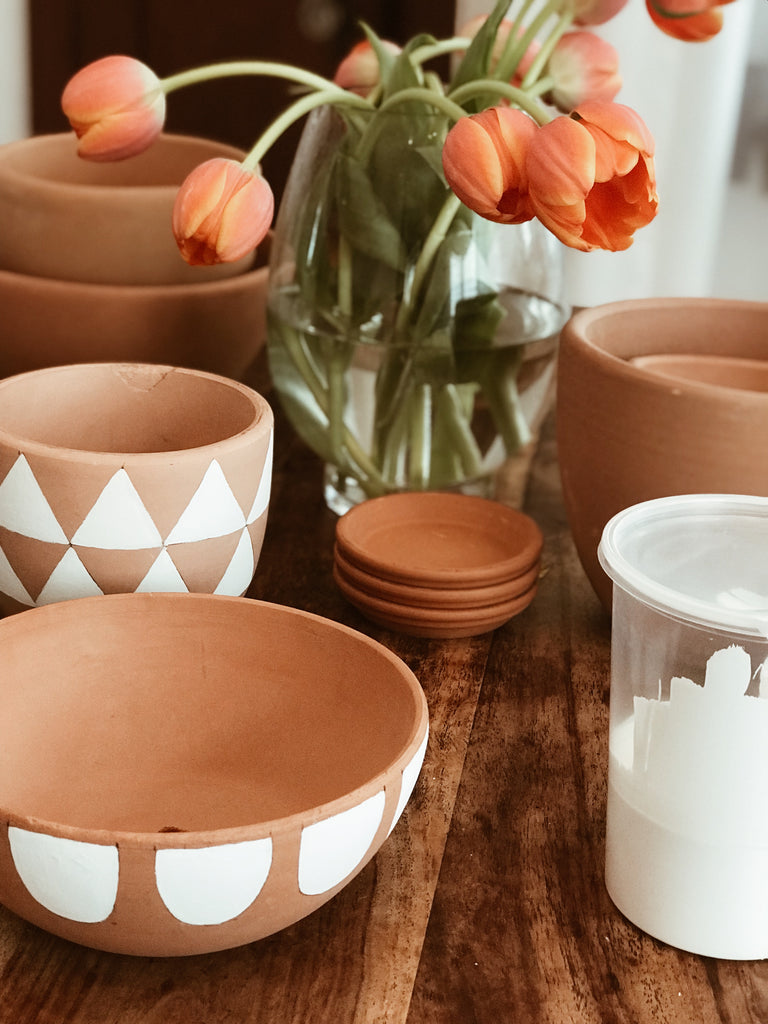 DIY: Hand-painted Ceramic Mid Century Modern Pottery by Turquoise and Tobacco