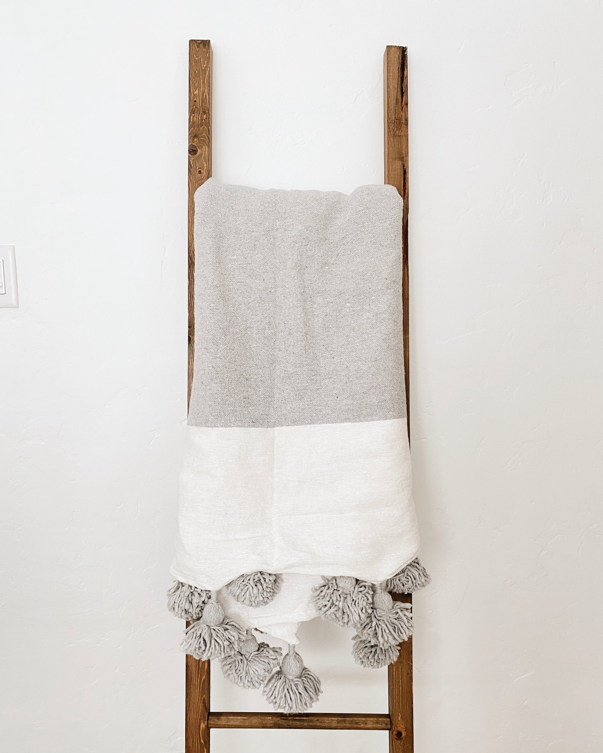 El Dorado Blanket, 100% Cotton Moroccan Pom Pom Blanket, Heather Grey and White