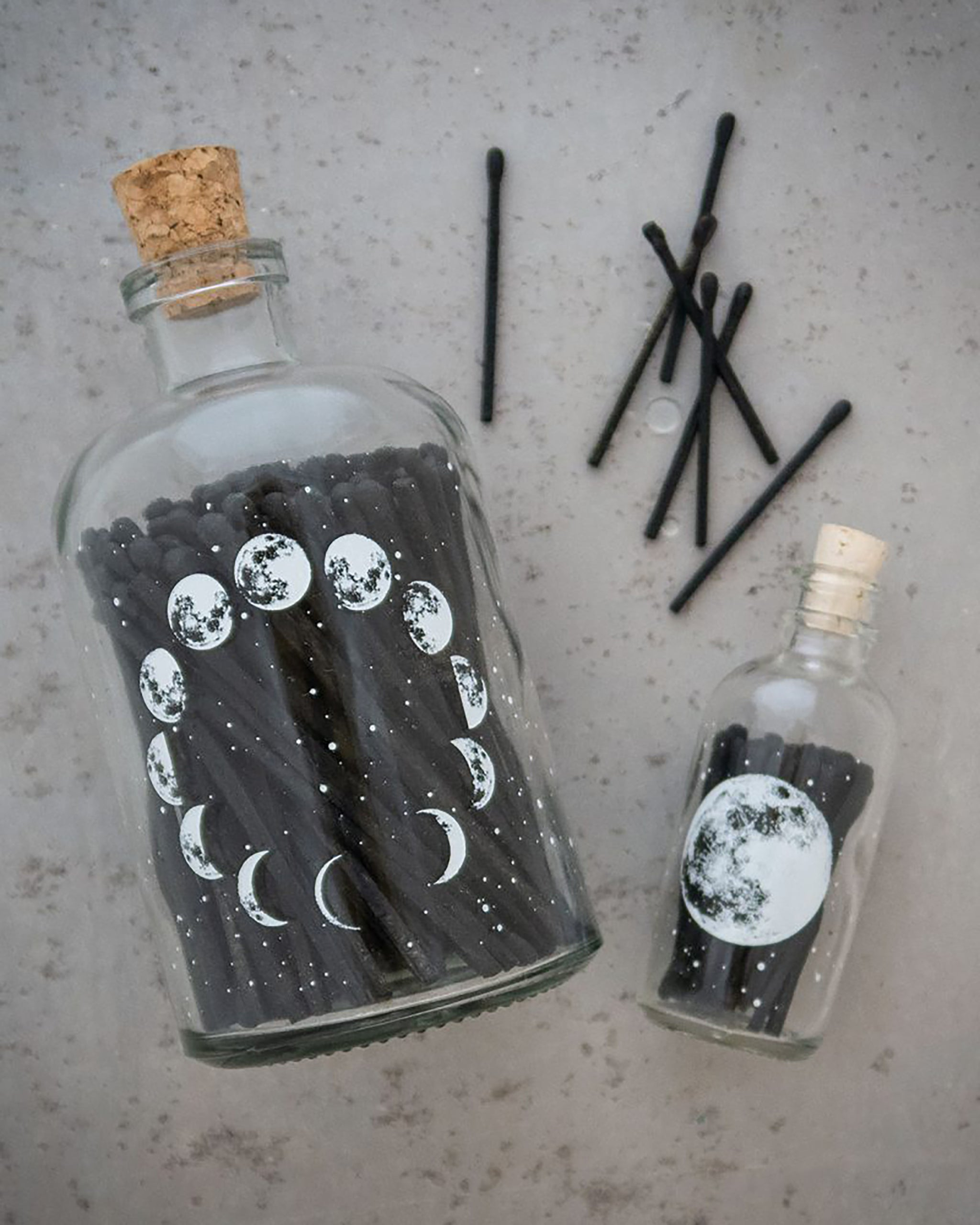 LARGE MOON MATCH JAR