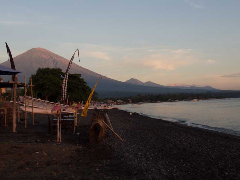 ic:The impressive Mount Agung