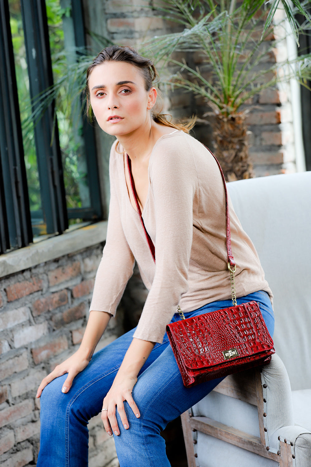 Becca-Crossbody Messenger Bag-Burgundy