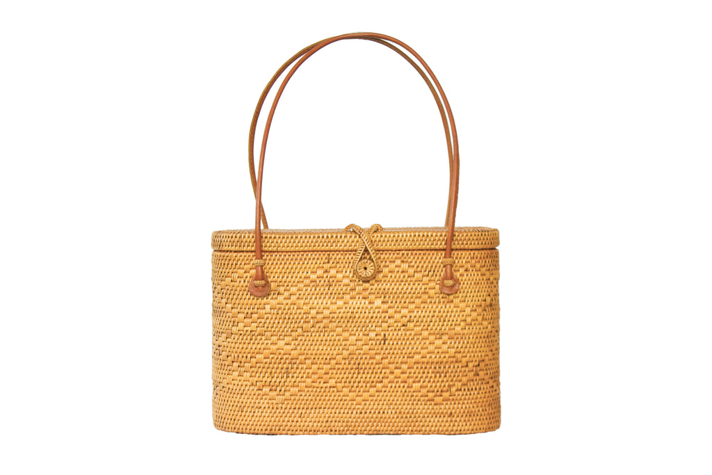 Wicker handbag; wicker bag; wicker vacation bag; wicker backpack; woven bags