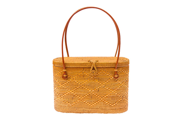resort handbag; vacation tote bag; wicker handbag; wicker straw bag