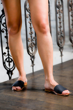 Single Strap-Basic Slides-Black