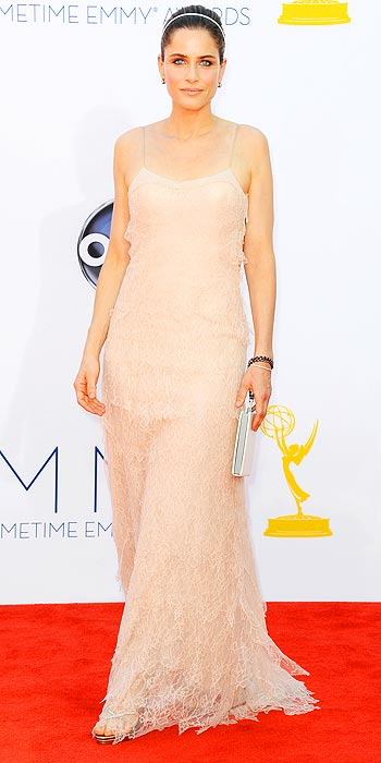 Amanda Peet is a blush beauty in pale lace at the 2012 Emmy Awards