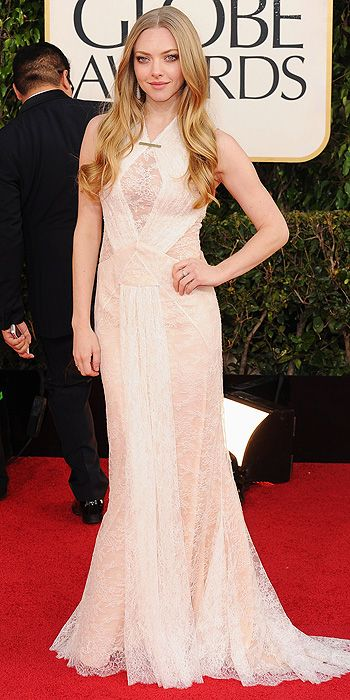 Golden Globes 2013 - Amanda Seyfried in custom lace Givenchy Haute Couture
