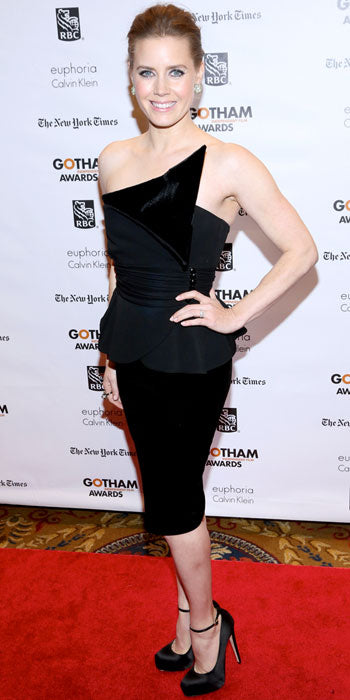 Amy Adams attended the Gotham Independent Film Awards in structured Giorgio Armani LBD