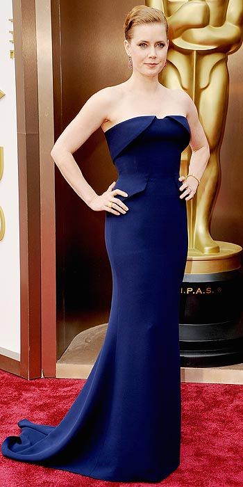 Amy Adams in navy blue Victoria Beckham