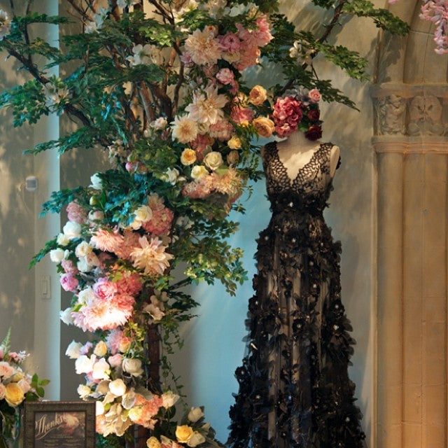 Claire Pettibone - Celebrating 20 years of delicate, feminine and elegant design.