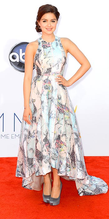 Ariel Winter in a printed gown with a high-low hem at the 2012 Emmy Awards
