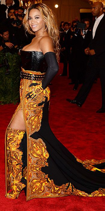 Beyonce disappointed in an overwhelmingly un-punk paisley Ricardo Tisci gown with matching paisley boots (trust us, we never thought we'd put paisley and boots together in one sentence either)
