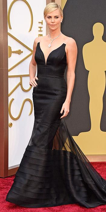 The always statuesque Charlize Theron looked like a goddess in black