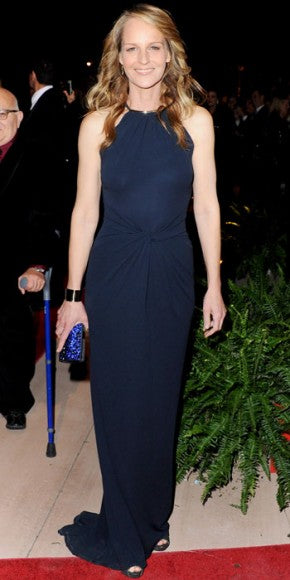 Helen Hunt looked chic in a minimalist navy Michael Kors gown