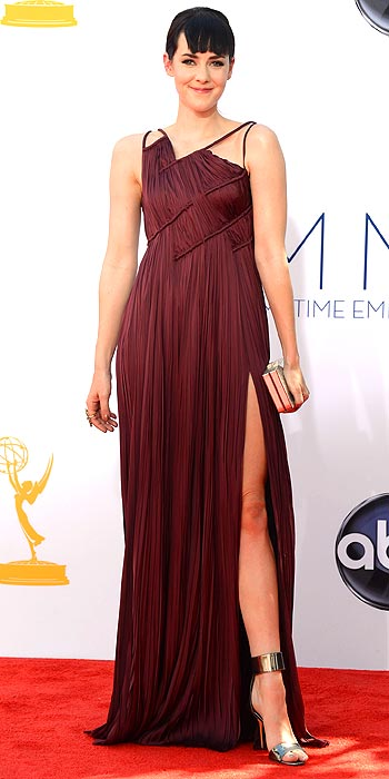 Jena Malone stepped out in a deep burgundy goddess style dress at the 2012 Emmy Awards