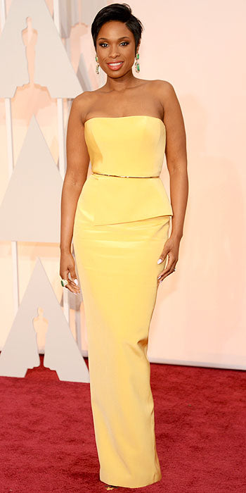 Jennifer Hudson stunned  in an understated but nevertheless chic yellow column gown.