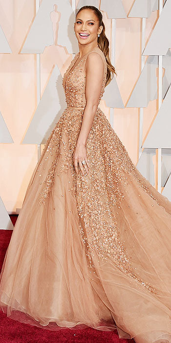 Jennifer Lopez had a princess moment in nude Elie Saab
