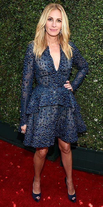 Julia Roberts looked cute  in this Elie Saab mini but we would have loved to see her in some gorgeous color.