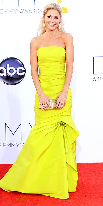 Julie Bowen in a lemon yellow number at the 2012 Emmy Awards