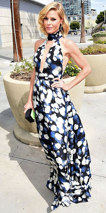 Julie Bowen's key hole halter would have been more appropriate at an end of the summer soiree than the Emmy Awards.