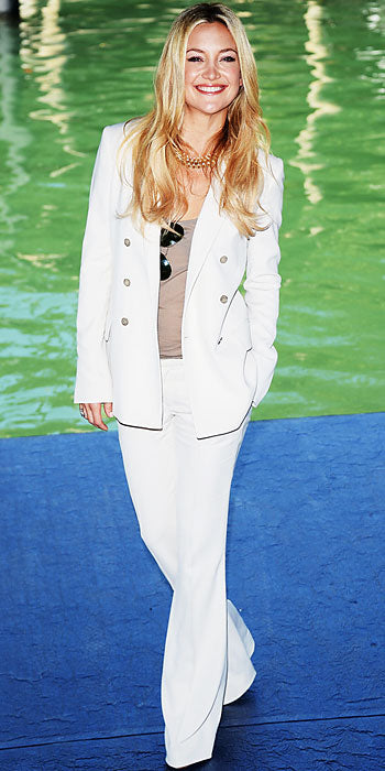 Kate Hudson attended a press event for The Reluctant Fundamentalist in Venice sporting a Gucci pant suit
