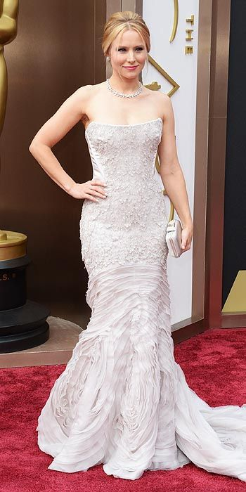 Kristen Bell goes light in a strapless gown