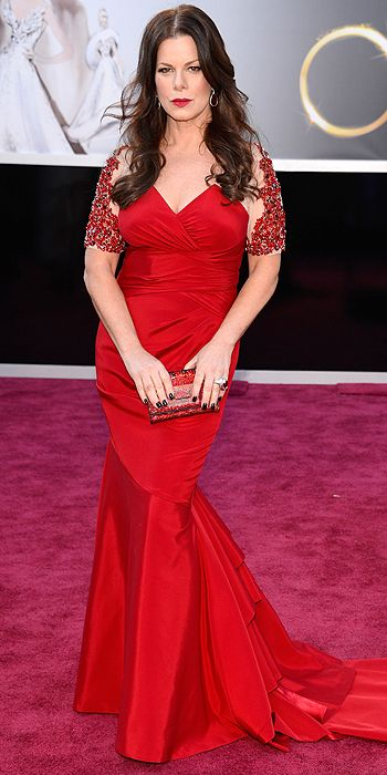 Marcia Gay Harden completed the red looks of the night