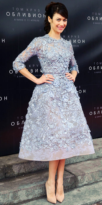 Olga Kurylenko looked lovely in an embellished lilac Elie Saab frock