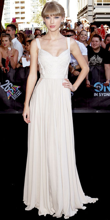 Taylor Swift attended Sydney's Aria Awards in a beautiful Elie Saab gown