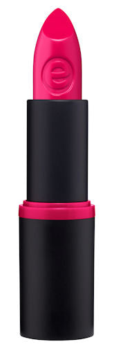 All pink lips are not created equal so we prefer to go with a shade that makes our lips stand out.