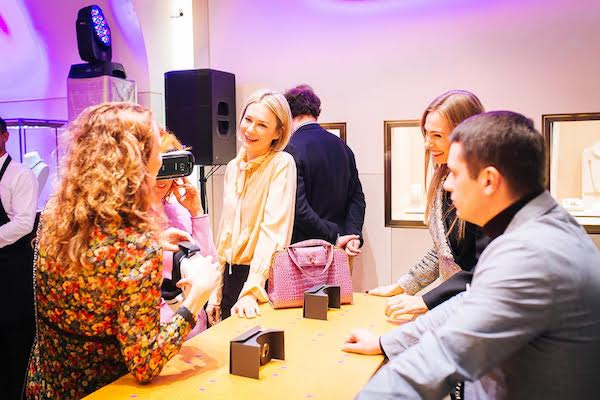 Ukranian Artist, Oksana Levchenya-Konstantinovska attended the debut of her collaboration with BVLGARI in Kiev.
