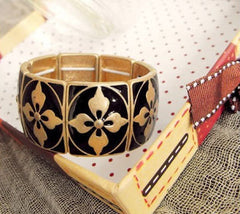 Antique Inspired Patterned Bangle