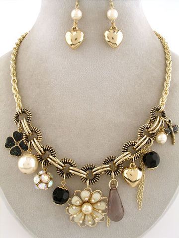 "The ""Zara"" Necklace Set"